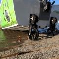 Транцеви колела Railblaza C-TUG 50-0009-51 - предпазват дъното на лодката от щети при придвижването към брега
