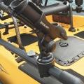 Основа за релинг Railblaza RailMount 32-41 WH - оборудването е на една ръка разстояние