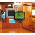 Стойка за таблет Railblaza ScreenGrabba - в кабината също има нужда от сигурност и ред