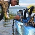 Държач за сонарна сонда с въртяща се стойка за сонар Railblaza Kayak & Canoe Sounder & Transducer Mount - различните условия и дълбочини не са проблем