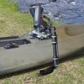 Държач за сонарна сонда с въртяща се стойка за сонар Railblaza Kayak & Canoe Sounder & Transducer Mount - лесен за демонтаж и транспортиране