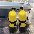 Стойка за бутилки Railblaza TracPort Dive & Gas Bottle Holder - двата държача са чудесно място за водолазните бутилки