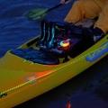 Трицветна LED навигационна светлина Railblaza LED Navilight Port/Starboard - 02-5002-11 - водоустойчива, с 5 режима и с до 70 часа живот на батериите