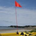 Сигнален флаг с пръчка в ярък цвят Railblaza FlagWhip - 02-4010-11 - забелязва се отдалеч и на сушата, и във водата